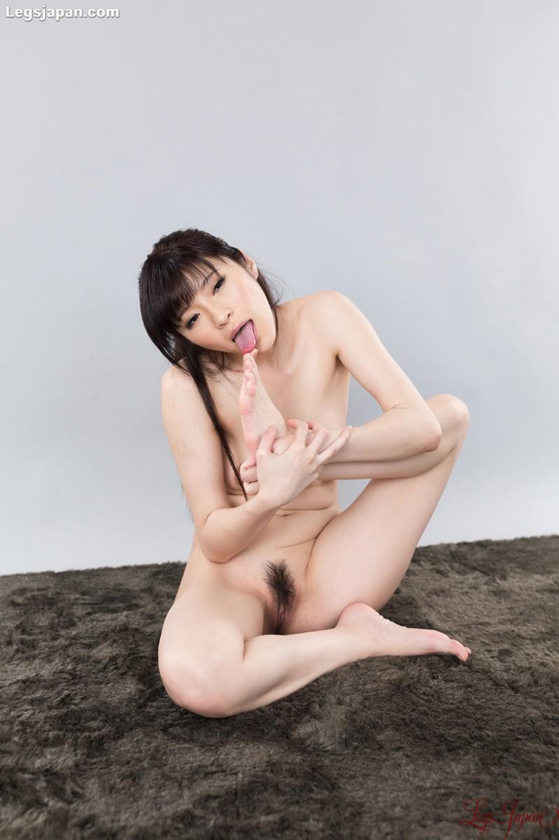 Japanese Feet Sucking